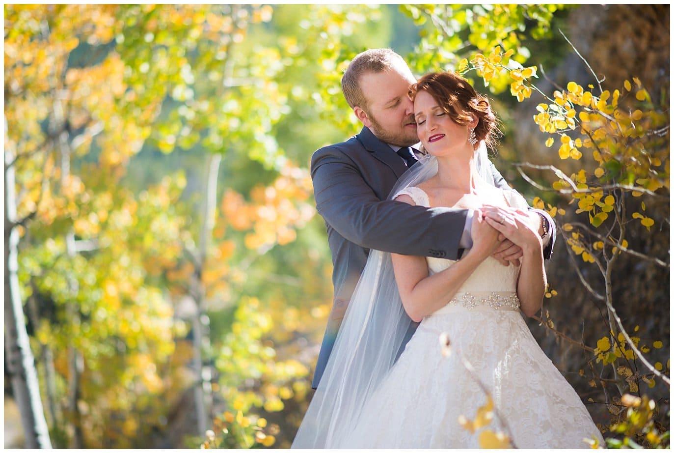 Boettcher Mansion Frostburg Park wedding couples photo