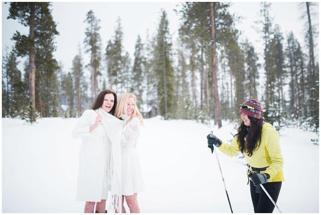 colorado mountain winter wedding photo