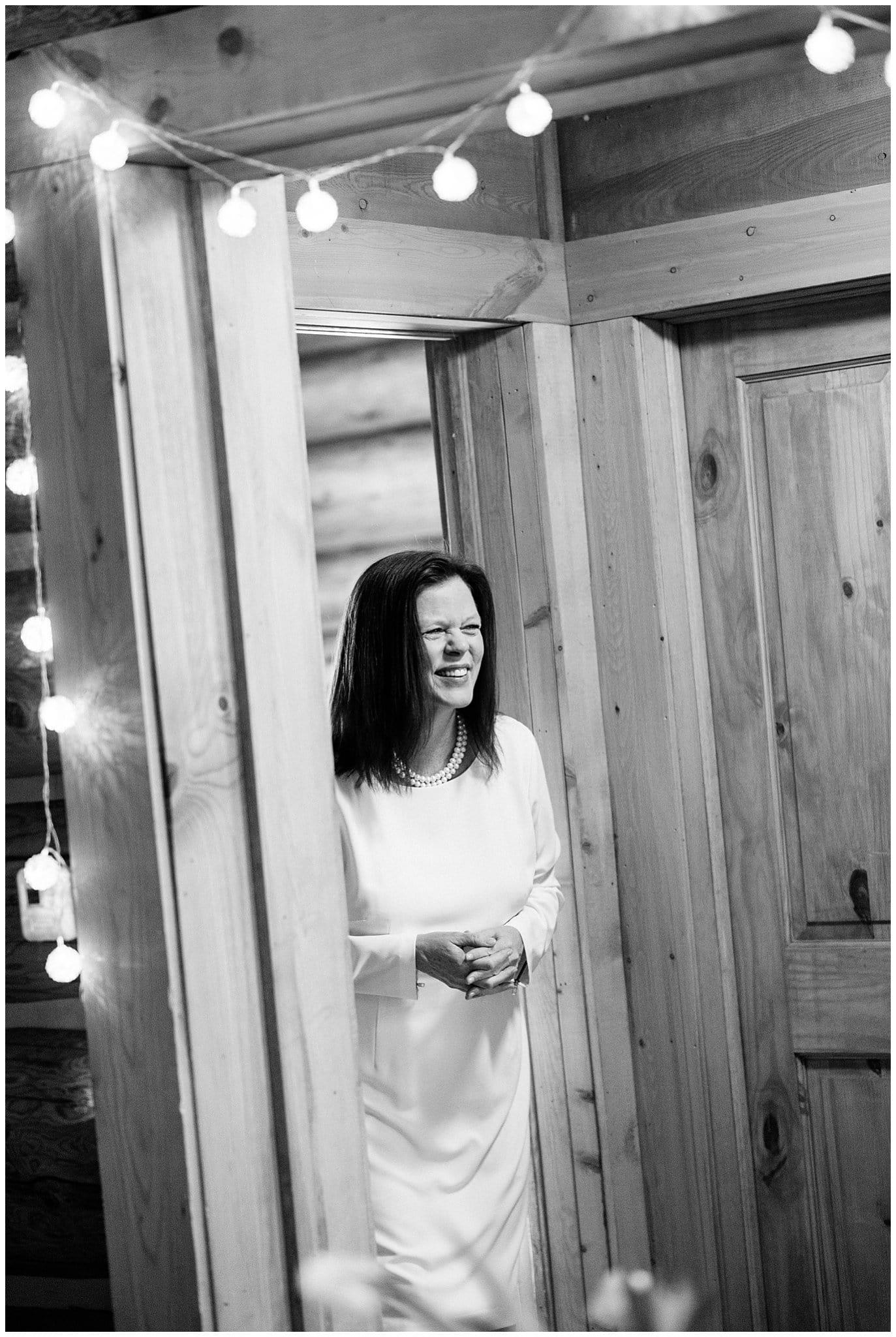cozy colorado cabin wedding photo