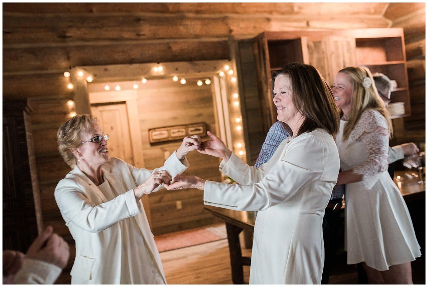 cozy colorado cabin wedding
