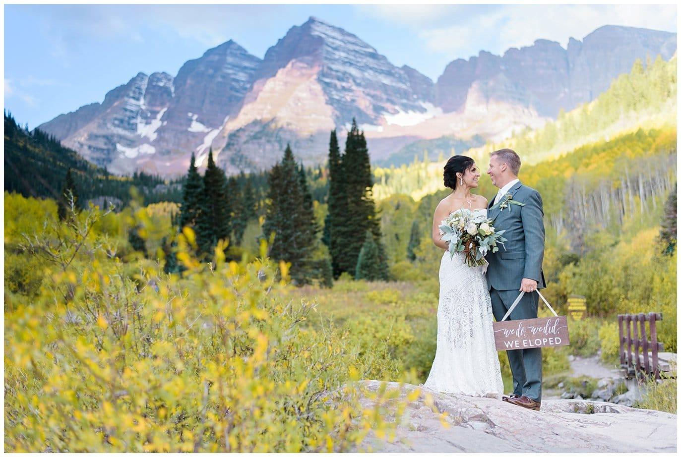 Elopement sign maroon bells wedding photo