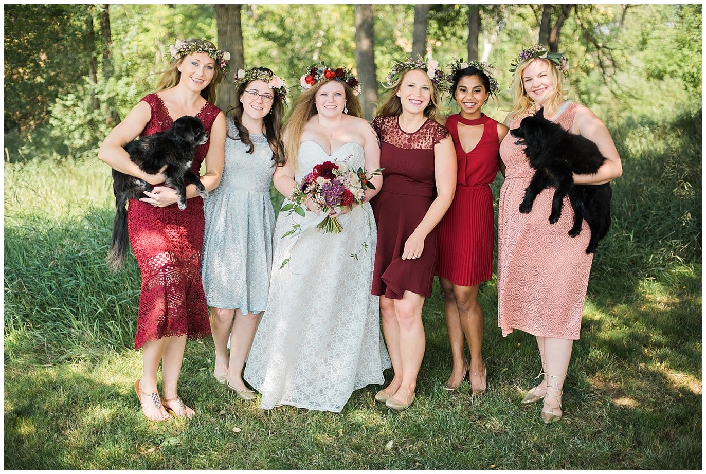 Boho Bride and bridemaids in shades of pin and red photo