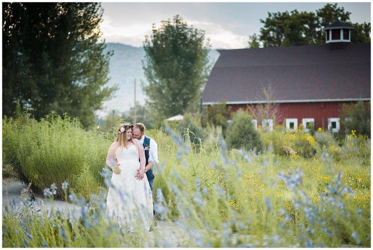 Denver Botanic Gardens at Chatfield Summer Wedding | Ellen and John