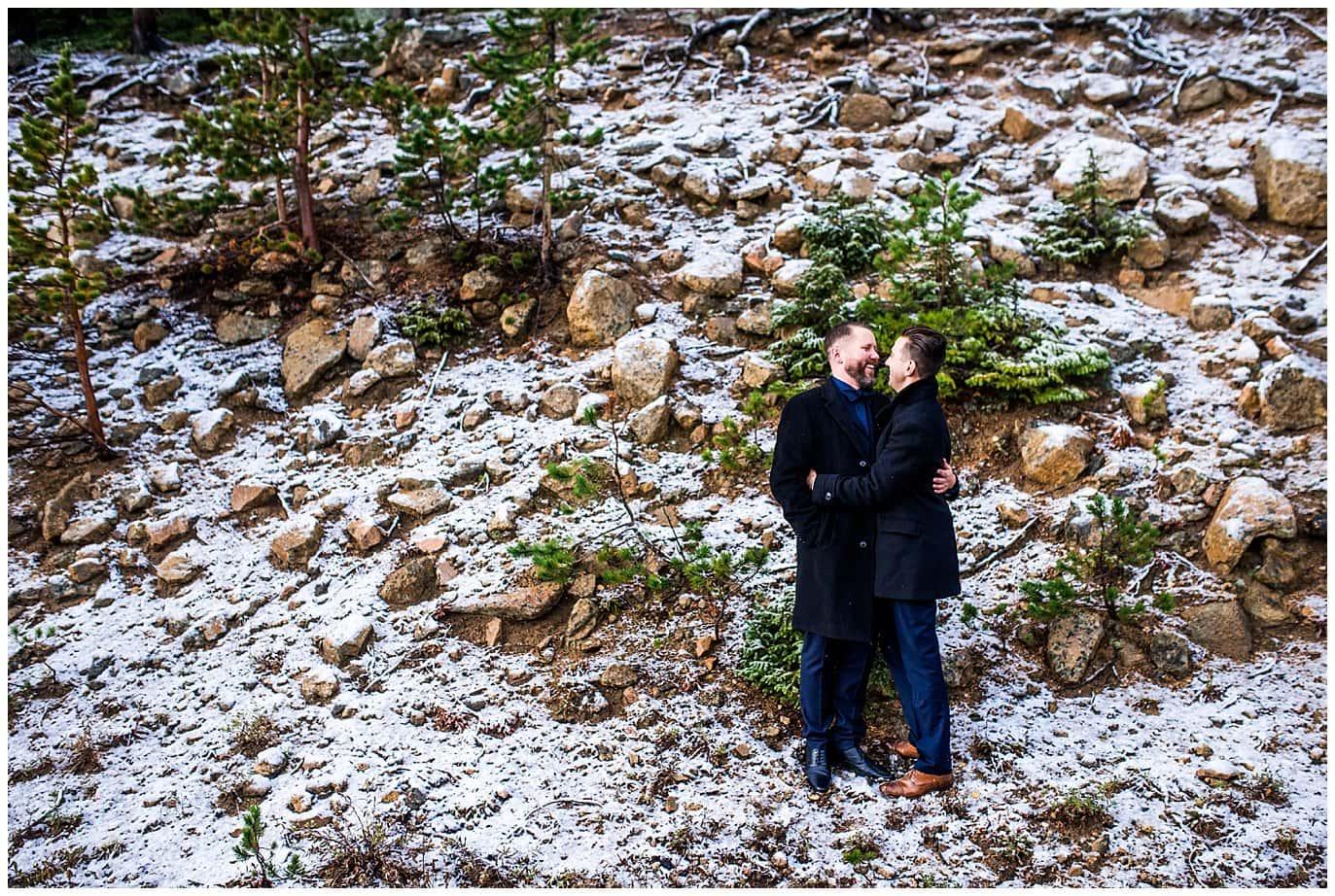 groom and groom winter wedding photo