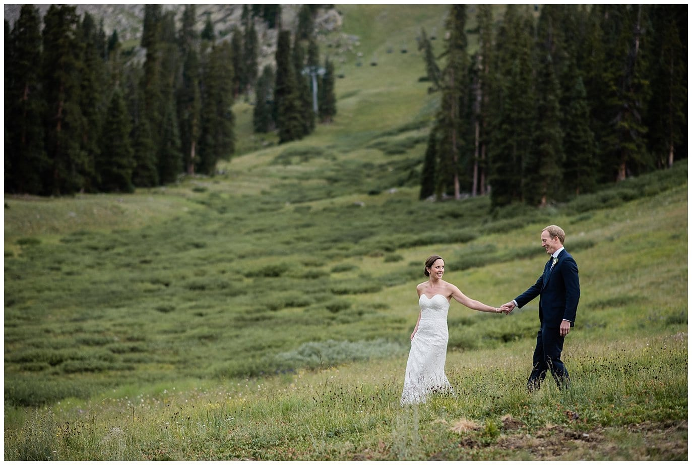 intimate colorado mountain wedding photo