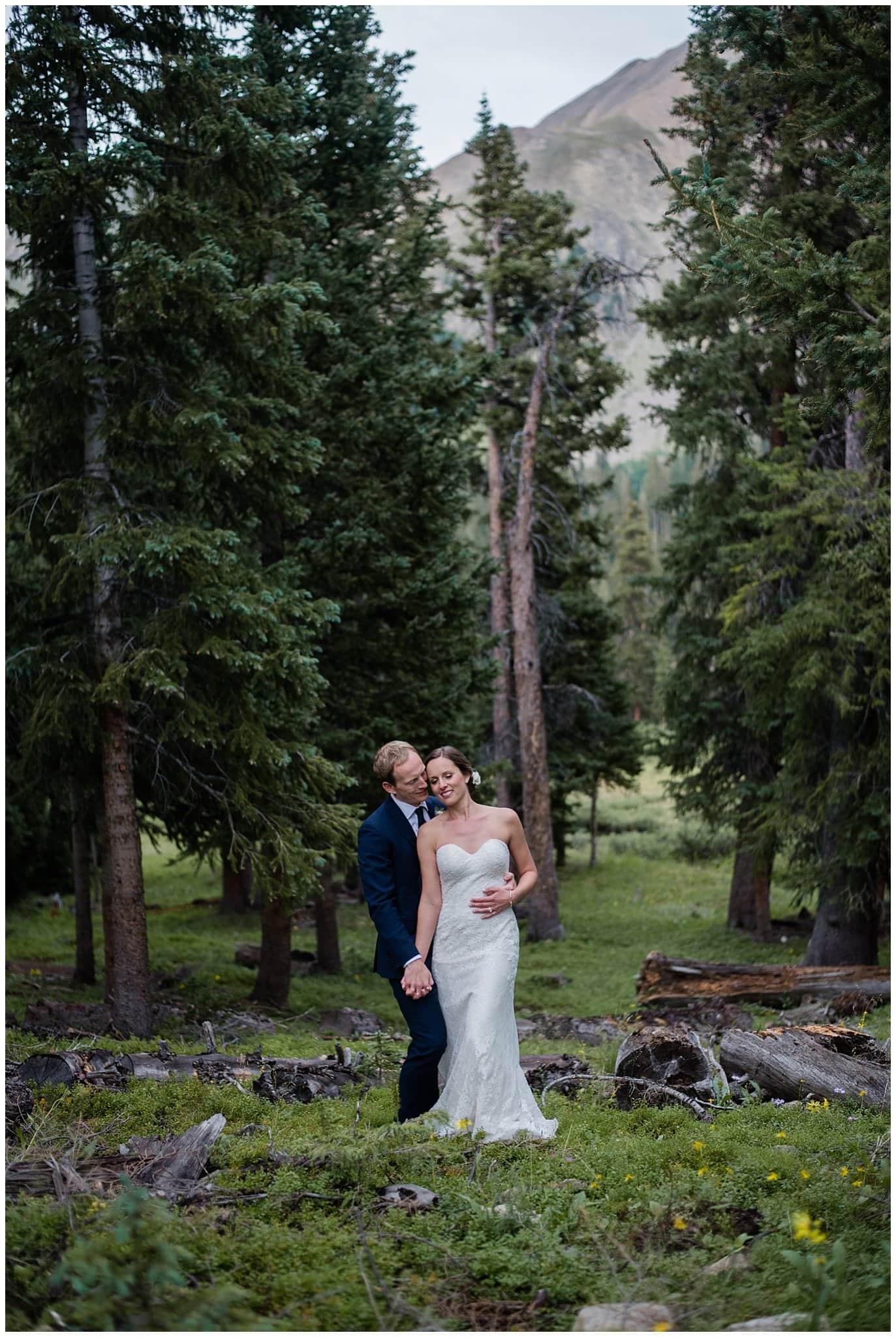 romantic mountain wedding portrait at Arapahoe Basin Black Mountain Lodge Wedding by Arapahoe Basin Wedding Photographer Jennie Crate