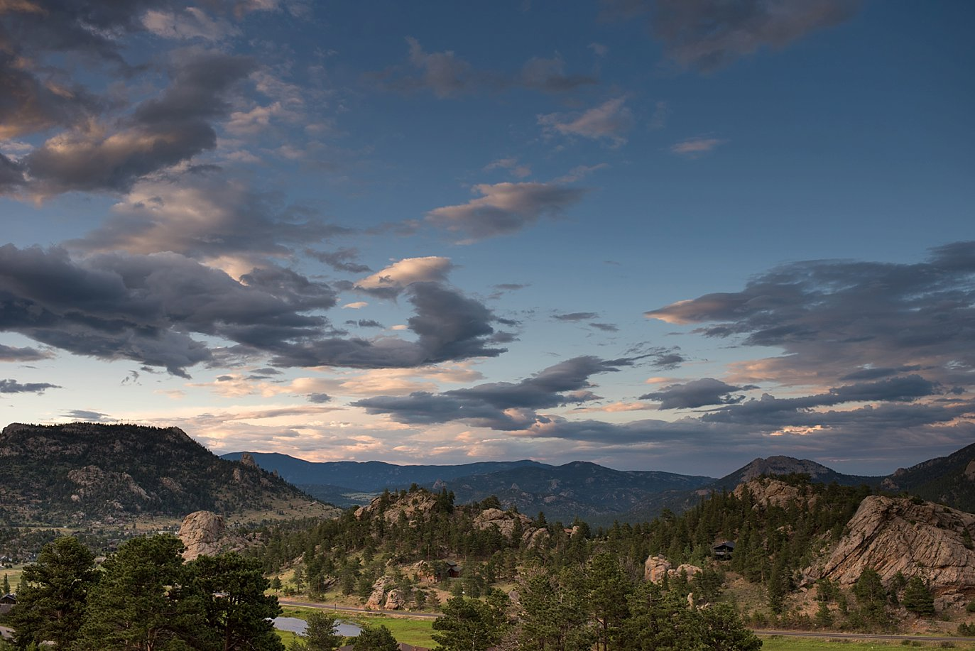 sunset in Estes Park at Rocky Mountain National Park Wedding by RMNP Wedding Photographer Jennie Crate