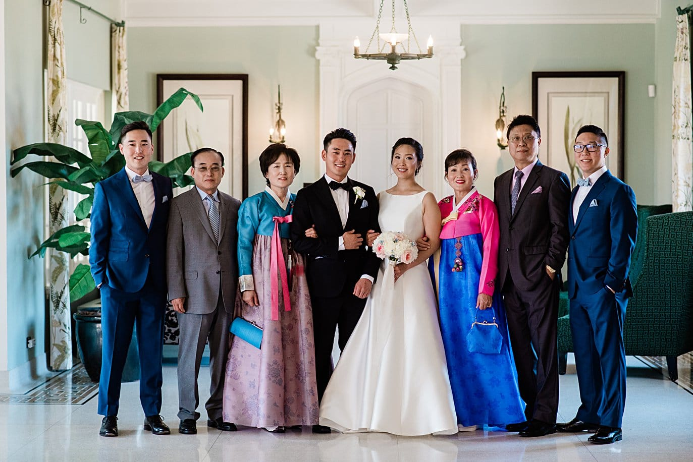 traditional korean wedding family photo at Highlands Ranch Mansion wedding by Golden wedding photographer Jennie Crate