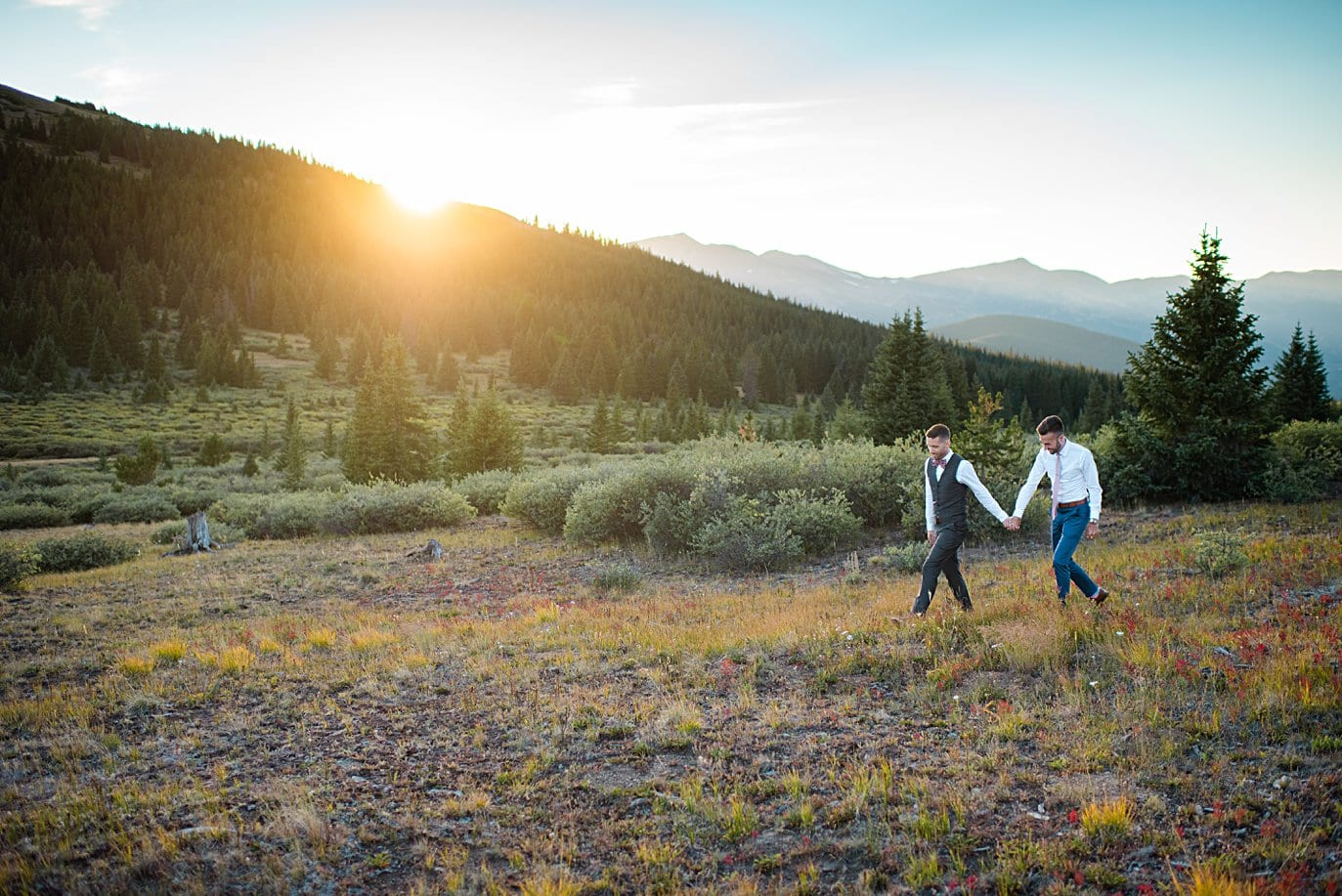 intimate sunset at the top of Boreas Pass at top of Boreas Pass at sunset by Denver Elopement photograpeher Jennie Crate