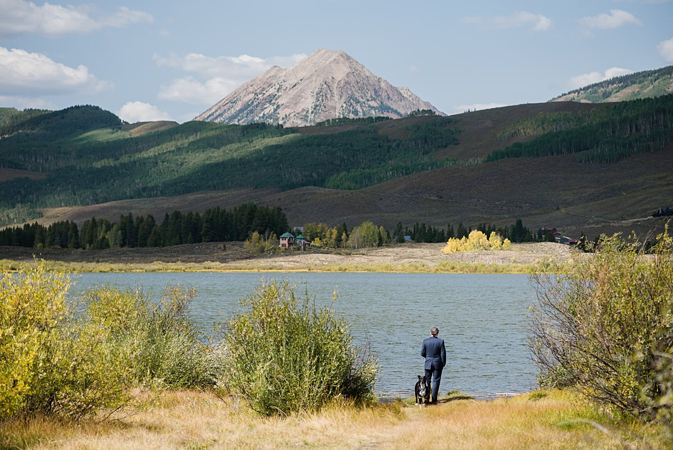 first look at Peanut Lake at Crested Butte Elopement by Crested Butte elopement photographer Jennie Crate
