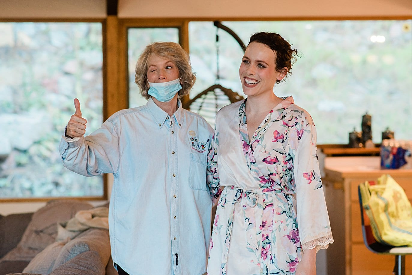 bride with mom during getting ready during COVID at Colorado wedding by boulder wedding photographer Jennie Crate