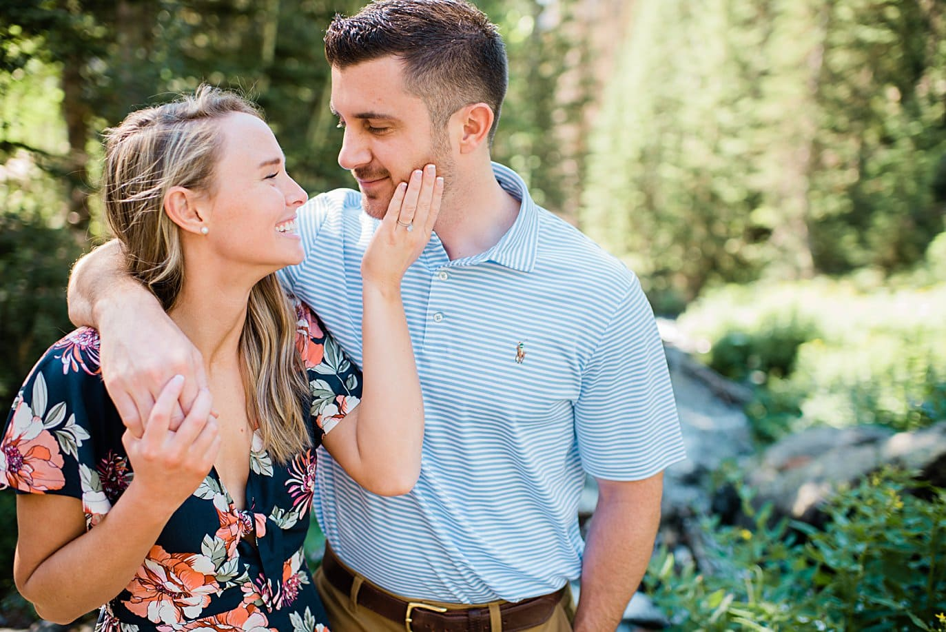 hiking engagement in Rocky Mountain National Park by Lyons wedding photographer Jennie Crate