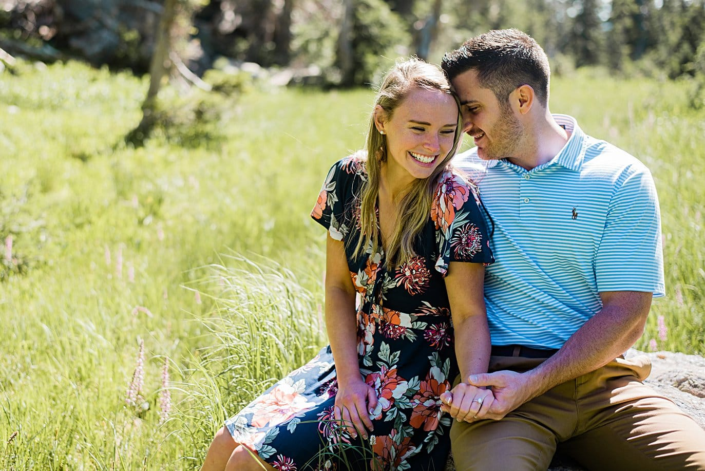 intimate summer engagement photo at in Rocky Mountain National Park by Estes Park engagement photographer Jennie Crate