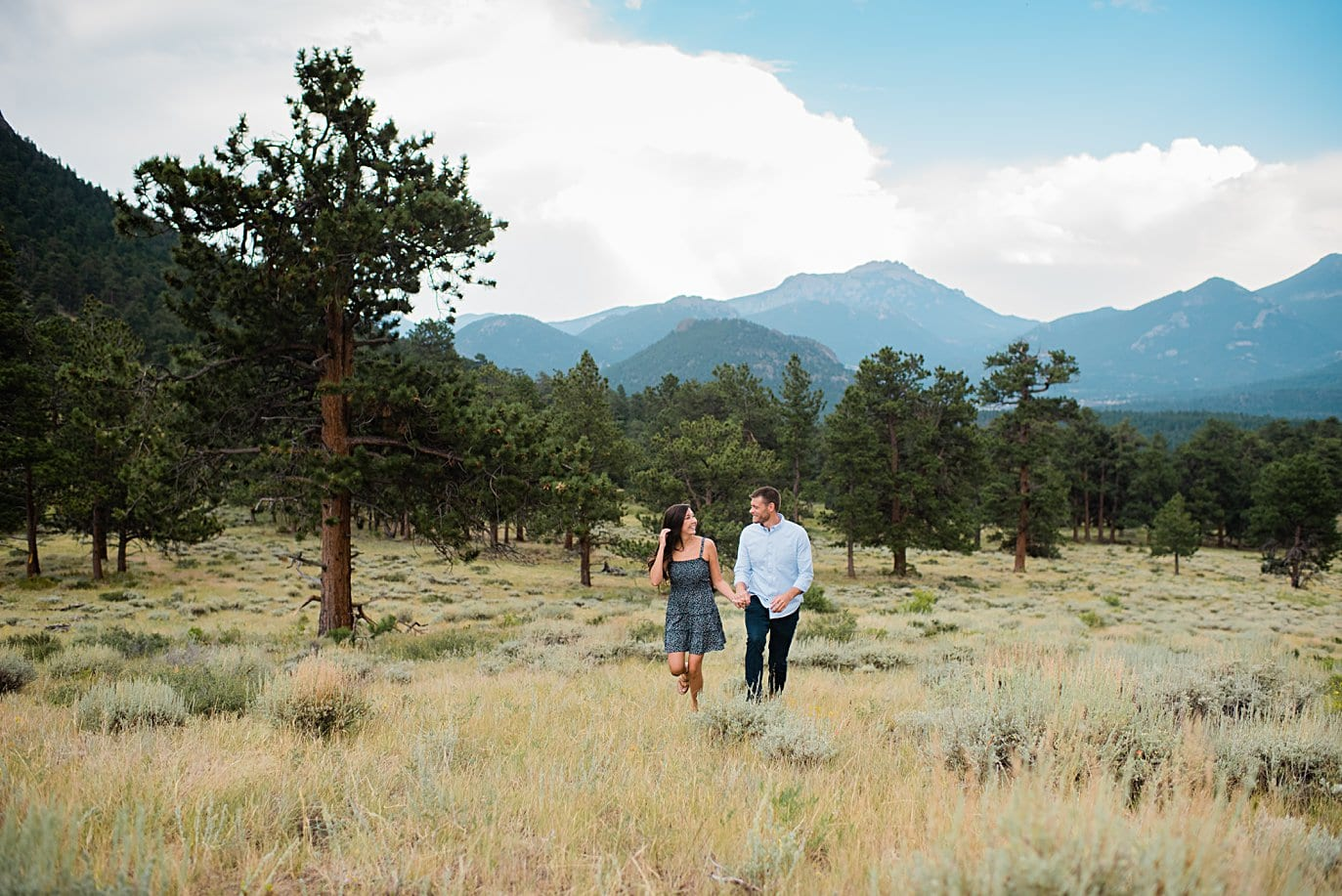 summer engagement session at 3M Curve in Rocky Mountain National Park by Estes Park engagement photographer Jennie Crate